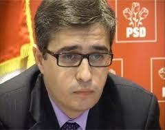 """Deputatul Andrei Dolineaschi: """"Vă rugăm să aduceţi bani în judeţul nostru"""""""