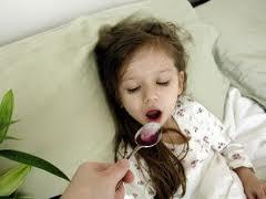 Medicii avertizează: Prea mulţi copii bolnavi, cu afecţiuni respiratorii