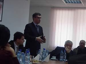 Problema drumurilor din judeţ, adusă în atenţia secretarilor de stat ai Ministerului Agriculturii şi Finanţelor