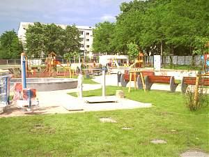 Consilierii au dat undă verde realizării unor terenuri de joacă