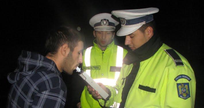 S-au ales cu dosare penale, după ce au fost surprinşi băuţi la volan