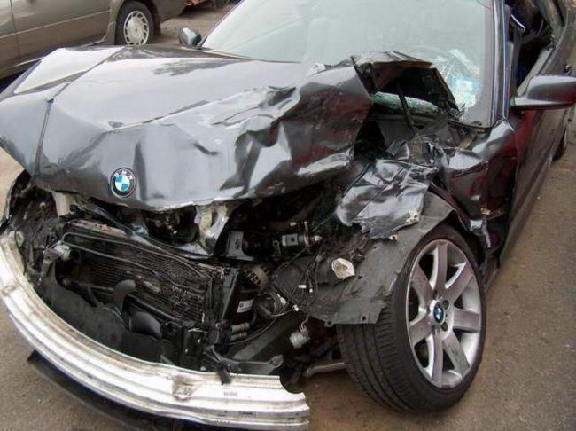 Tot aseară, un șofer cu BMW înmatriculat în Bulgaria a făcut jale la Dorohoi