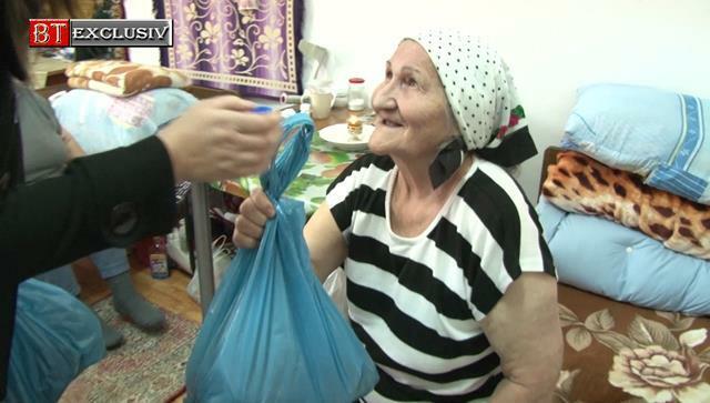 Bunatate la feminin pentru bunicii nimanui                   -VIDEO