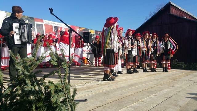 Varfu Campului: Traditii duse mai departe              -VIDEO