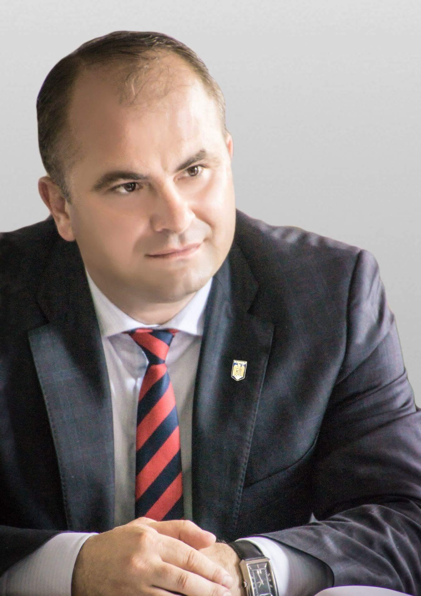 """Lucian Trufin:""""40.000 fermierii români vor primi 3.000 euro anual pentru cultivarea roșilor în sere și solarii"""""""