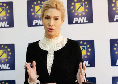POLITICARaluca Turcan, preşedintele PNL, ajunge sâmbătă la Botoşani