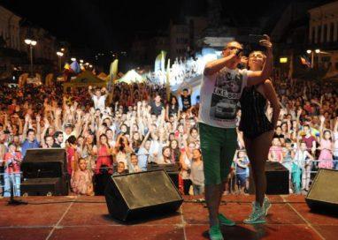 EVENIMENTUrmează trei zile de distracţie şi voie bună la… Zilele Municipiului Botoşani -VIDEO