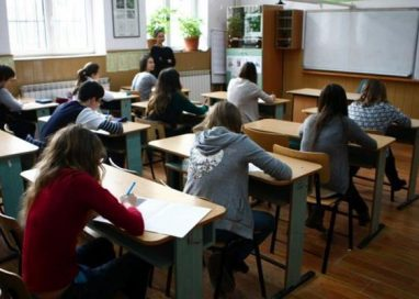 EDUCATIEElevi botosaneni participanti la Concursului național de creație literară în limba rromani