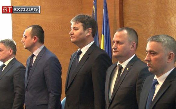 EVENIMENT - POLITICANoul prefect, Dan Șlincu, învestit în funcție  -VIDEO