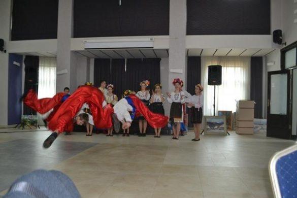 EDUCATIEElevi botosaneni premiati la Concursul Naţional de dans ,,Împreună pentru viitor''