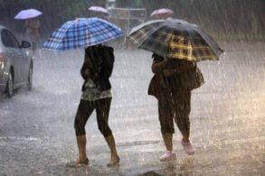 METEOANM: Ploi torențiale și furtuni de miercuri după amiază până sâmbătă noapte