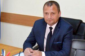 ADMINISTRATIEVin banii!     43,890 de km de drum vor fi refăcuţi in judetul Botosani, a declarat vicepreşedintele Consiliului Judeţean, Dorin Birta