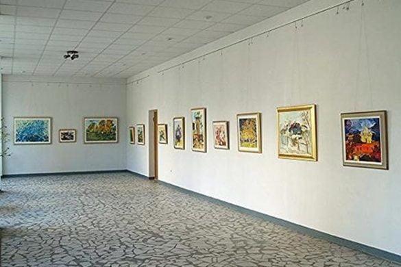 """CULTURAExpoziție de grup """"Profesorul și elevii de odinioară"""", la Galeriile de Artă"""