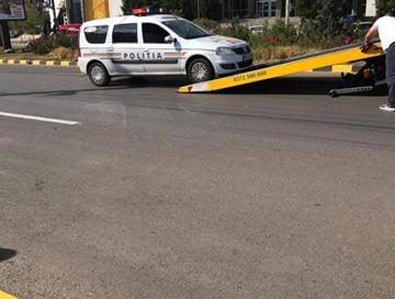 EVENIMENTMașină de poliție, aflată în misiune, implicată într-un accident rutier