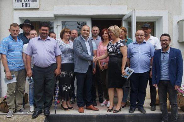 ADMINISTRATIETRUFIN:  Județul Botoșani este pe primul loc loc în clasamentul solicitărilor de subvenții, astfel în conturile fermierilor botoșăneni va intra suma de 1.291.509 Euro