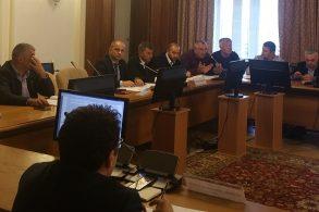"""POLITICATrebuie aplicată legea în cazul beneficiilor fiscale pentru Cooperativele Agricole"""""""