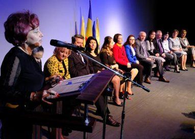 POLITICAVEZI  noua conducere a organizaţiei de femei a PNL Botoşani   – GALERIE FOTO