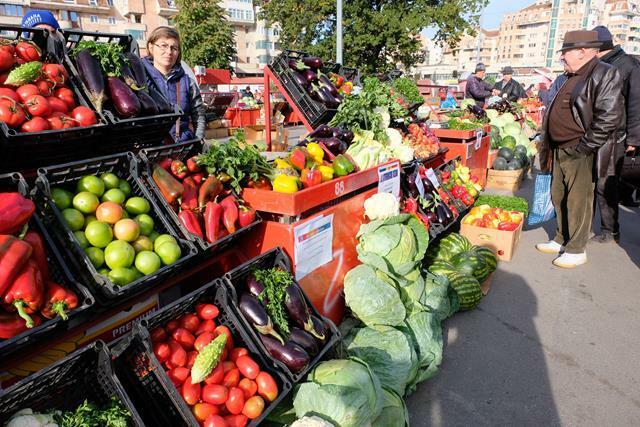 AGRICULTURĂTarg de produse agroalimentare la Botoșani  – GALERIE FOTO