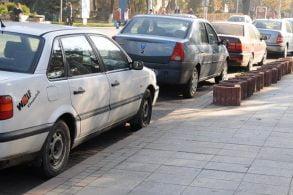 ADMINISTRATIEGuvernul vrea un impozit special pentru persoanele fizice care vand mai mult de doua autoturisme pe an