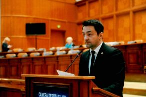 POLITICARăzvan Rotaru vrea să conexeze plata asigurării obligatorii pentru locuințe de plata impozitului