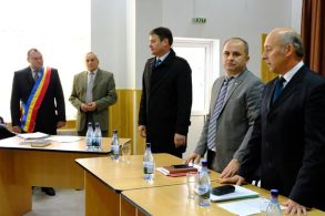 ADMINISTRATIENoul primar la comunei Nicșeni, Iulian Iliescu, a depus jurământul  -VIDEO & GALERIE FOTO