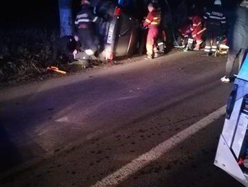 EVENIMENTDoi tineri sunt în stare critică la spital după un accident rutier