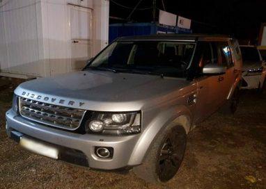 EVENIMENTLand Rover de peste 160.000 lei cu numere de înmatriculare false,  descoperit de polițiștii de frontieră