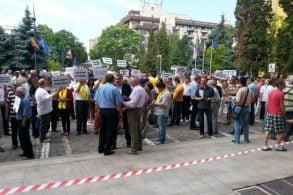 POLITICAPNL organizează azi proteste în toată țara