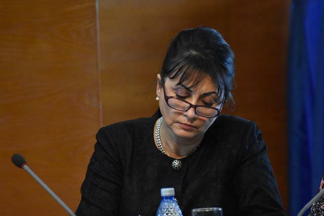 """POLITICATamara Ciofu: """"Am solicitat Ministerului Sănătății extinderea dreptului de asigurat a medicilor candidați la rezidențiat până la data susținerii examenului."""""""