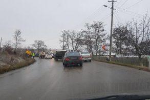 ACCIDENTAccident cu patru victime, luni dimineață, la ieșirea din Stăuceni