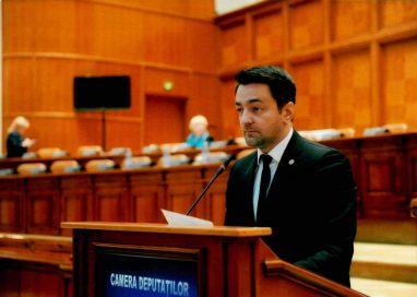 POLITICADeputatul botoșănean Răzvan Rotaru va organiza dezbateri la Parlament pentru promovarea intereselor tinerilor în contextul în care România va deține Președinția Consiliului U.E. în 2019
