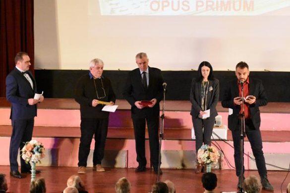 """CULTURALista nominalizaților pentru Premiul Național De Poezie """"Mihai Eminescu"""" – Opera Omnia"""