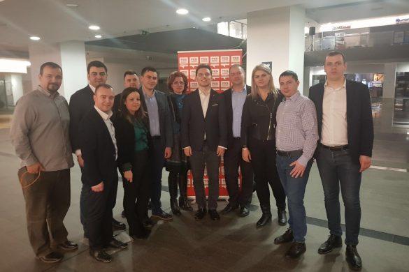 POLITICAPES activists România se pregătește de alegerile europarlamentare