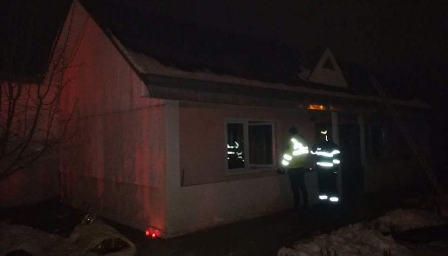 EVENIMENTBătrână de 65 de ani decedată într-un incendiu care i-a cuprins casa