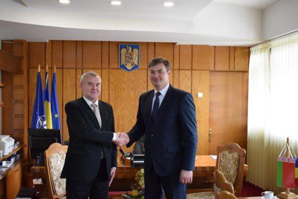 ADMINISTRATIEPrefectul Dan Şlincu şi directori de instituţii deconcentrate, întâlnire cu Ambasadorul Republicii Belarus   -FOTO