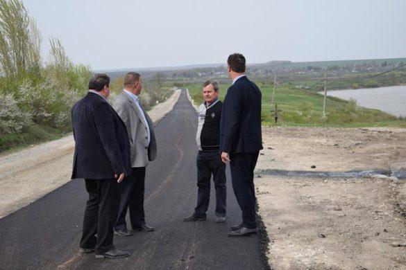 ADMINISTRATIEPrefectul Dan Şlincu a vizitat şantierul DN 24C