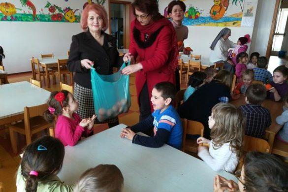 POLITICACadouri de Paște din partea social-democratelor din municipiul Botoșani – GALERIE FOTO