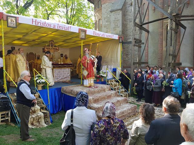 EVENIMENTIPS Teofan a fost și în acest an la sărbătoarea orașului, patronat de Sfântul Mare Mucenic Gheorghe! – VIDEO/GALERIE FOTO