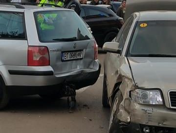 ACCIDENTCarambol cu trei mașini și o motocicletă pe Cuza Vodă